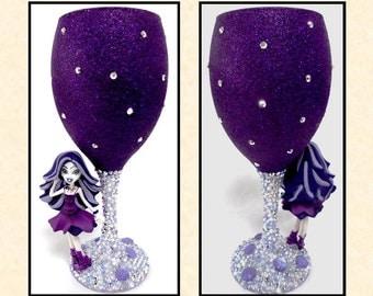 Spectra Vondergeist (Monster High) Glitter and Pearl Wine Glass ~