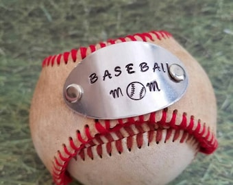 Baseball mom/baseball jewelry/baseball bracelet/softball mom/baseball mom jewelry/ personalized baseball jewelry/ baseball cuff