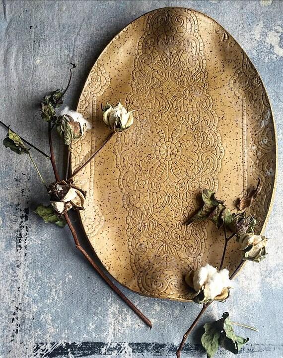 Sandy Lace Platter