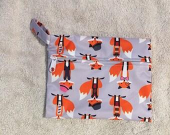 "Mini wetbag/ cloth pads australia/7"" x 5.5""/ wet bag australia/ foxes design"