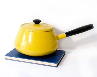 Vintage Yellow Enamel Pan Cookware by BigMuddyVintageShop