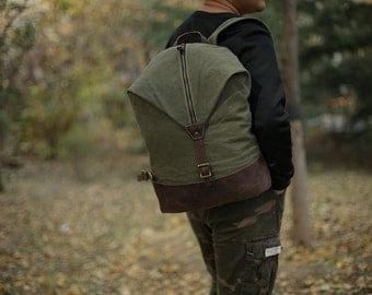 Canvas Backpack Green/ Leather backpack/ Waxed canvas backpack/Canvas rucksack/ Laptop backpack/ Mens backpack/Canvas bag/ Hiking backpack