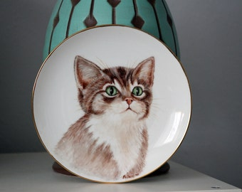 Hand Painted Green Eyed Cat Plate