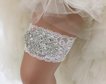 Zelda - Glamorous Bling Bridal Wedding Garter