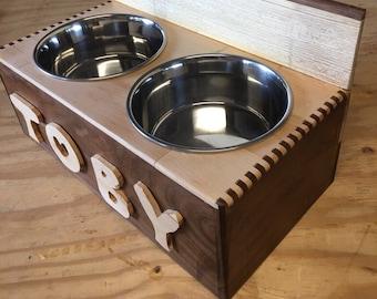 Custom made pet feeder