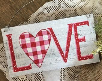 Rustic LOVE Wood Sign, Valentine Sign, Valentine Art