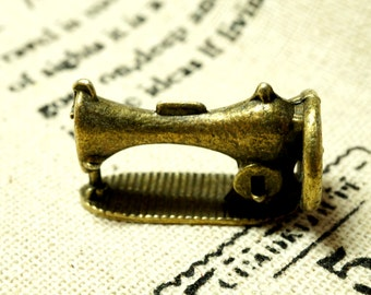 Sewing machine bronze 3 vintage style pendant charms jewellery supplies C35