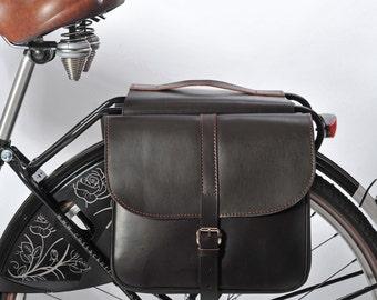 Double leather panniers, double panniers, bicycle panniers, bike panniers, gifts for cyclists, leather panniers, leather saddlebag
