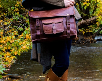 Rustic Leather Messenger Travel bag - 1920's Vintage inspired Handmade bag/CarryOn/school/Hiking/Mountains/Adventure/Sale