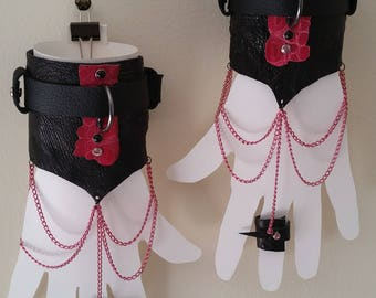 Ring Cuffs with Pink Lizard on Black Leather