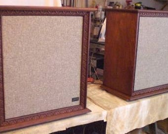 Pair of Vintage Restored Wharfedale W70D Speakers Mid Century '60s Audiophile Man Cave End Tables Made in England Walnut