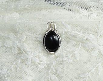 Silver pendant with black agate gemstone! Black pendant, elegant pendant, wirewrapped pendant,goth pendant