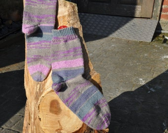 Hand knitted socks in pink/beige size 37/38