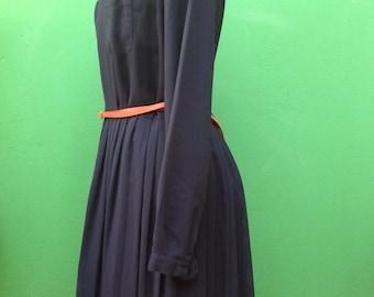 80s dress. Dress 80s. Pleated skirt. Navy Blue dress.