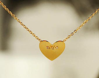 Verona gold plated Heart Necklace feminine chic timeless love elegant woman