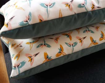 Cushion style Scandinavian bird and velvet