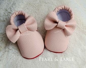 Red Bottom Baby Moccasins, Red Sole Baby shoes, Baby Loub, Loub Inspired, Baby Leather Moccasins, Toddler Moccasins, Baby Shoes, Newborn