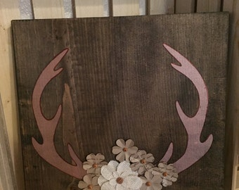 Flower antlers wood sign, cute wood sign, home decor, gift for her, nursery art, room decor