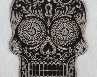 Gray Calavera Skull Patch Day of the Dead Sugar Skull Embroidered Iron on / Sew on Patch #9