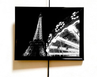 Black and white photo of the Eiffel Tower in Paris to print and hang posters, or canvas, ideal for any interior.