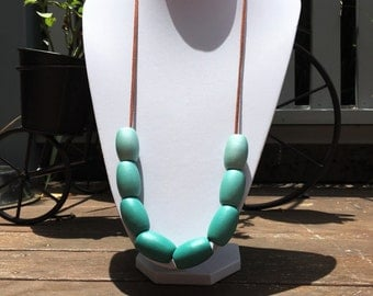 Hand painted green bead necklace