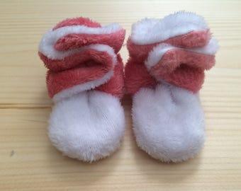 Baby Booties, Baby Slippers, Baby Shower Gift, Baby Snap Slippers, Baby Snap Booties, Soft Baby Booties, Fleece Baby Booties
