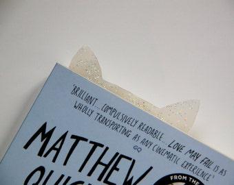 Snow kitty bookmark
