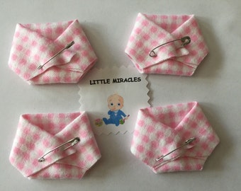LM 40 Pink Gingham Baby Shower Dirty Diaper Favor Game