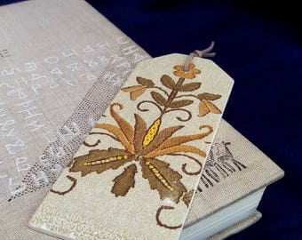 wooden bookmark decoupage bookmark Wood planner clip Book Accessories Gifts readers reading accessory lace
