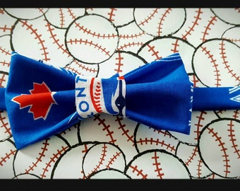 "Unique Pet Bow Tie  ~ about 11 to 12"" collar ~cats and small dogs ~ Blue Jays ~ Made in Canada"