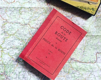 Code annotated road and traffic Police. 1960's Vintage. Text and coloured illustrations. Vintage. Mounted. Font.