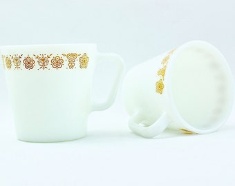 Vintage Pyrex Mugs, Pyrex Coffee Mugs, Set of 2, Golden Butterfly, Pyrex Cups, Pyrex Dinnerware, Retro Kitchen, Vintage Kitchen
