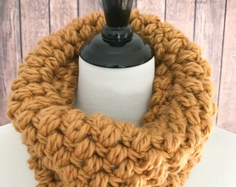 Crochet cowl, golden yellow crochet cowl, chunky cowl scarf, cozy scarf, chunky winter scarf
