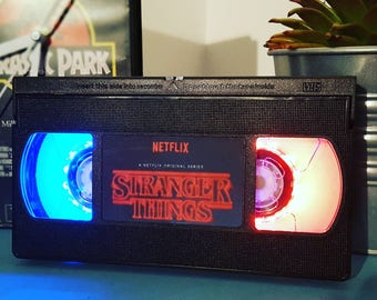 Retro VHS Retro Stranger Things Night Light Table Lamp, double colours. Order any film, movie, series, actor! Great personal gift. Man Cave.