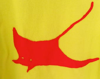 Upcycled Women's Lime-Green T Shirt with Manta Ray Size M