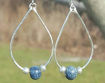 Hammered wire hoop earrings with beads