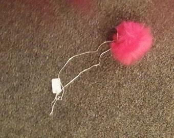 Pompom Necklace (hot pink)