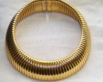 Beautiful Gold Tone Choker free domestic shipping