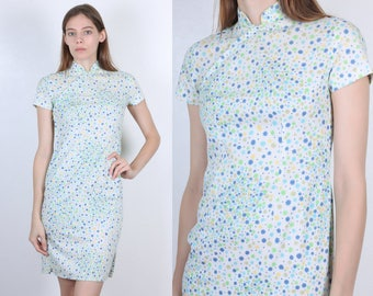 60s Cheongsam Style Dress // Vintage White Floral Side Slit Wiggle Dress Chinese Mini - Extra Small XS