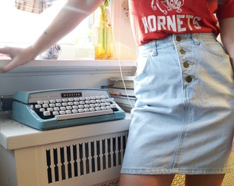 SALE - 1980s GUESS Vintage High Waisted Denim Skirt