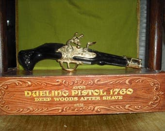 AVON DUELING PISTOL 1760 Decanter with box