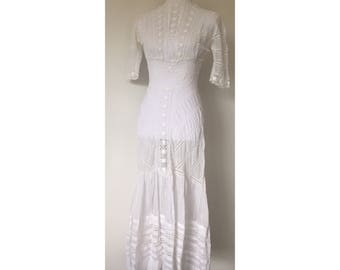 "Edwardian White Cotton Lawn Dress with Floral Crochet Lace XS/ 22"" waist"