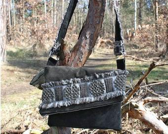 Leather Messenger Bag / Sling bag 70th style