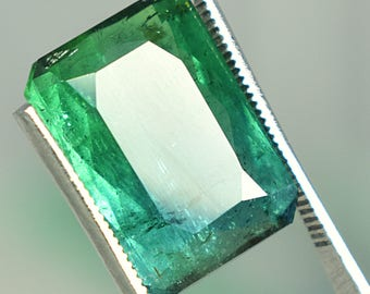 11.20 Carats GREENISH Blue tourmaline gemstone for rings