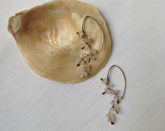 Vintage delicate pierced earrings