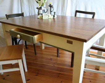 "Kitchen table ""Arthur I."" oak dining table, antique"