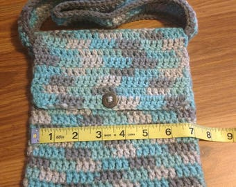 Small crocheted purse