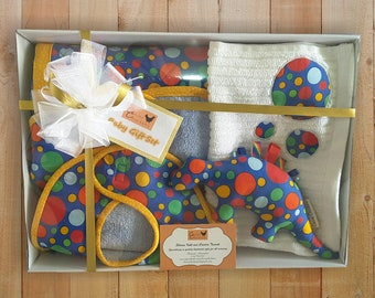 Baby Shower Gift Set, New Baby Gift, Baby Boy Gift - Blue Spot, Dinosaur Taggie Toy, Change Mat - Bib - Burp Cloth - Gift for New Parents