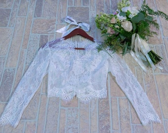Bridal lace toppers, bridal lace boleros, wedding boleros, Chantilly lace bolero, wedding dress boleros and shrugs. #B08A
