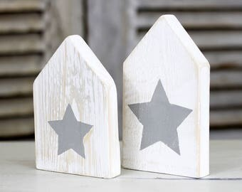 Home accessories - cute shabby-chic wood houses